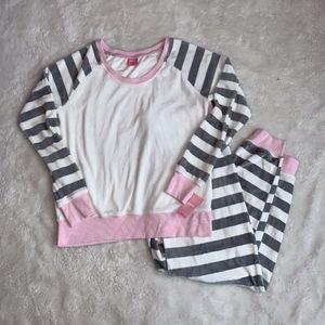 NWT Super Soft Stripe Pajama Set